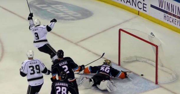2015-11-06 - Reign defeat Barracuda Kempe hat trick.png