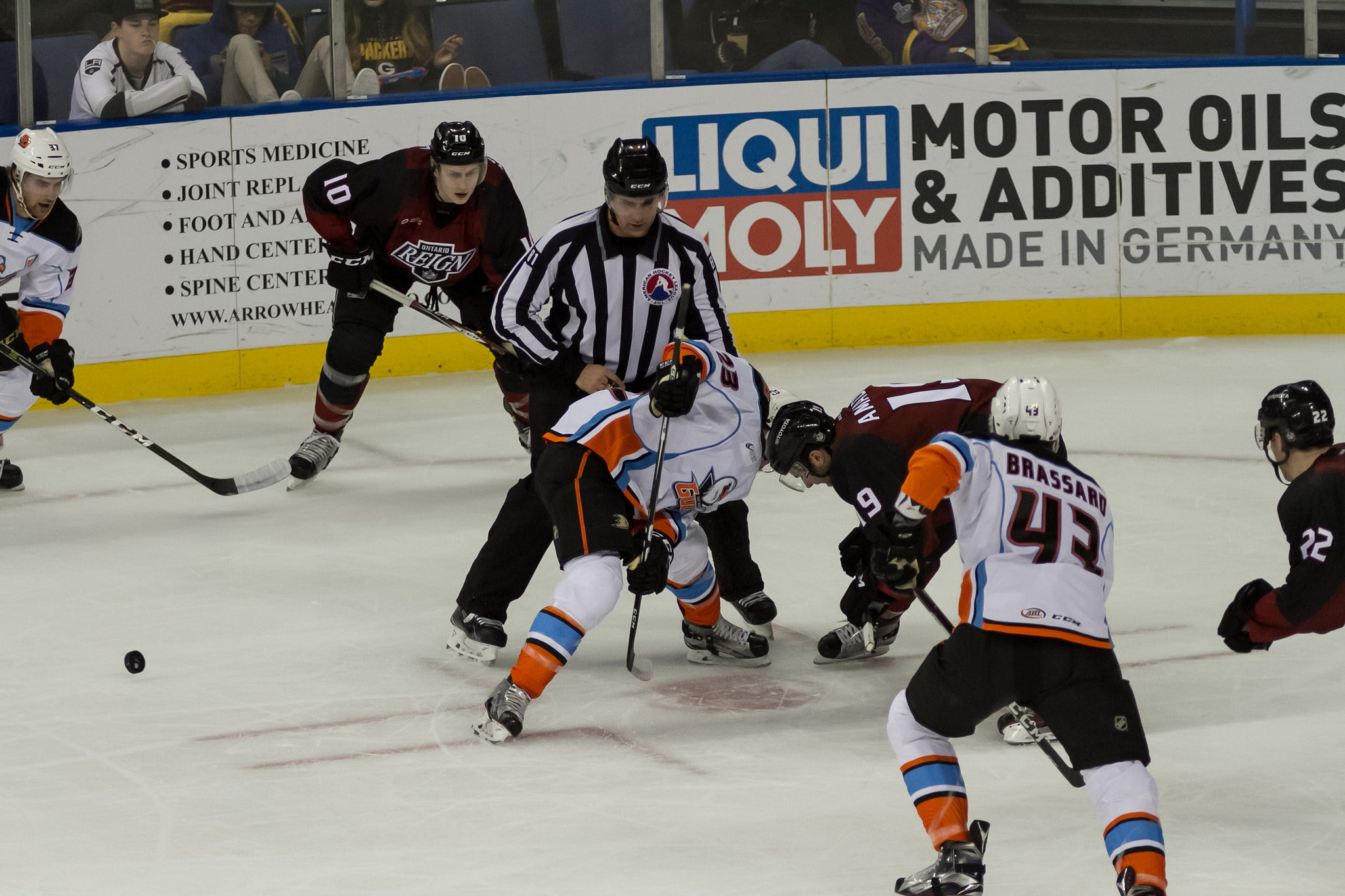 Reign Take Down Gulls in Shootout