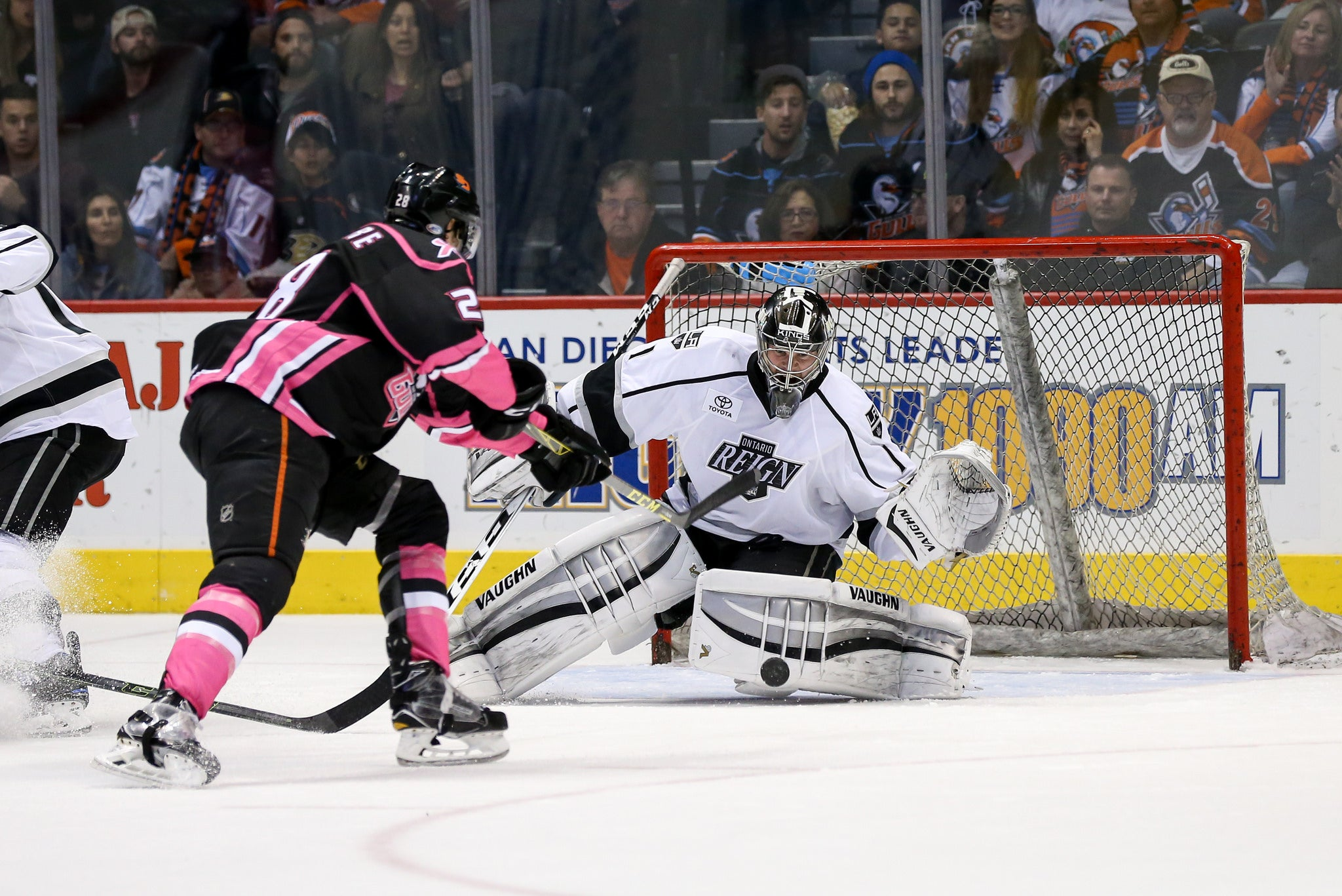 Power Play Earns Chances; Fall Short in San Diego