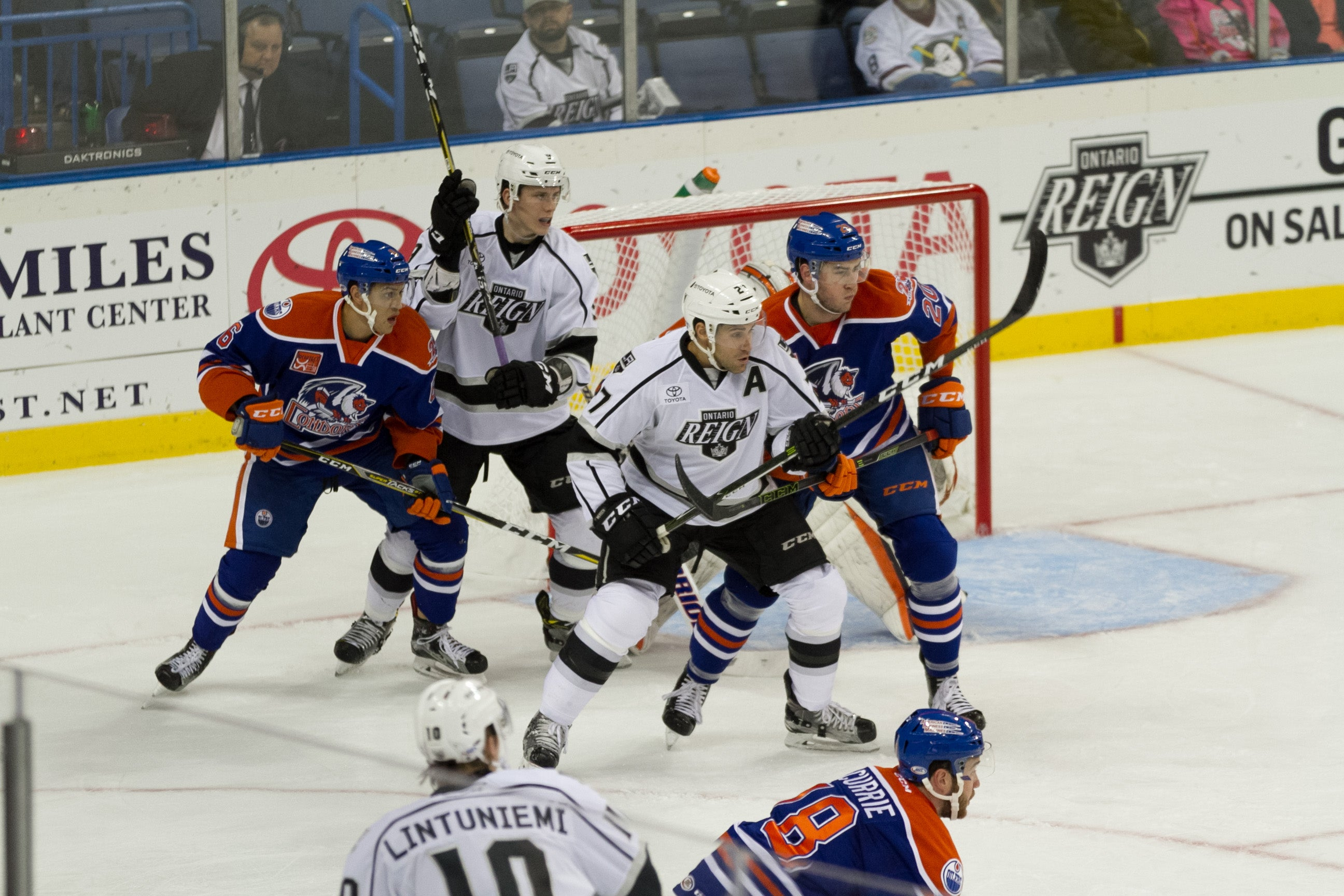 LaDue Breaks Through for Reign; Condors Hold On