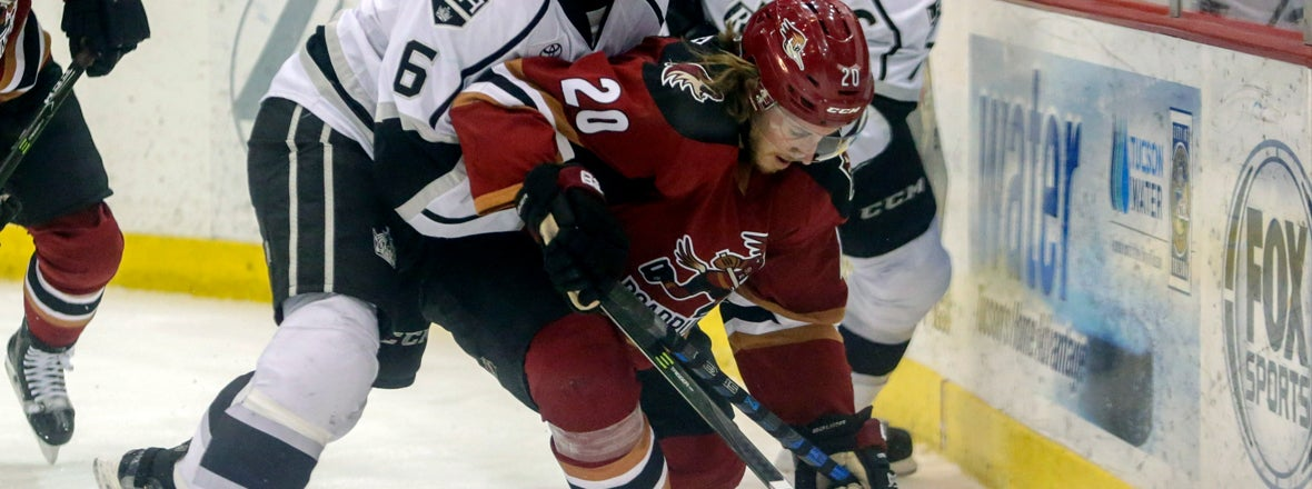 KINGS SIGN FORWARD MARIO KEMPE