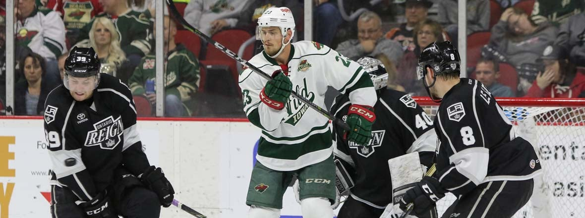 KINGS SIGN FORWARD ZACK MITCHELL
